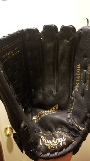 Rawlings PM1400B Playmaker for Sale in Los Angeles, CA