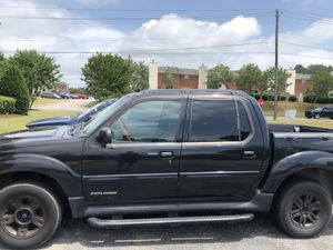 Ford Explorer sport truck 2002 for Sale in Tuscaloosa, AL