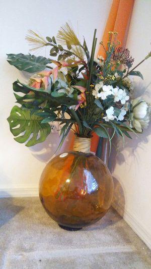 Flower vase for Sale in Auburndale, FL