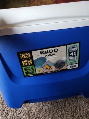 igloo cooler for Sale in Renton, WA