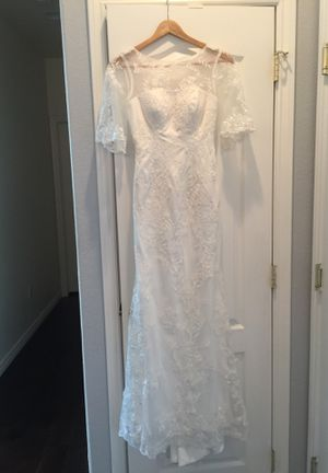 Size 0 wedding dress for Sale in Aurora, CO