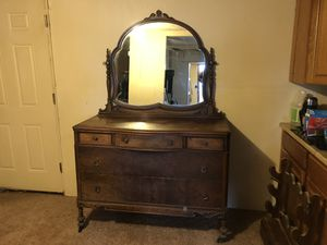Antique 4 piece Bedroom set for Sale in Payson, AZ