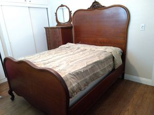 3 piece antique bedroom set for Sale in Chino, CA