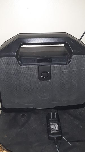Bluetooth or direct wire speaker for Sale in Shelbyville, TN