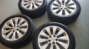 2013 honda accord rims and tires for Sale in Kissimmee, FL