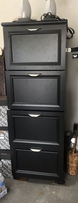 Wood file cabinet for Sale in Albuquerque, NM
