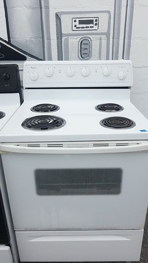 Whirlpool coil top stove for Sale in Tampa, FL