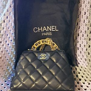Chanel Purse for Sale in Lake Elsinore, CA