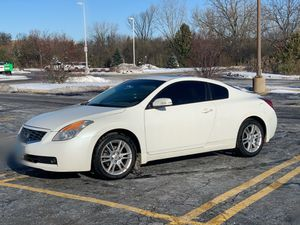 2008 Nissan Altima coupe 3.5 SE for Sale in Streamwood, IL