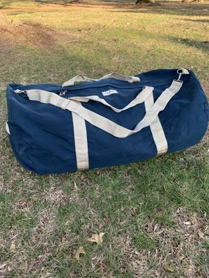 """L L Bean Extra Large Canvas Duffle Bag 34"""" for camping sports equipment travel for Sale in Pennington, NJ"""