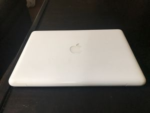 Mac Book (2010) for Sale in Fort Smith, AR