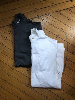 Nike Men's Longsleeve Thermal Dri-fit size M/L for Sale in Boston, MA