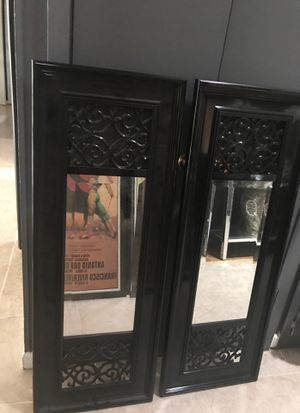 2 Wall decor mirrors for Sale in Hayward, CA