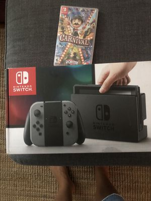 Nintendo 32GB plus Carnival game for Sale in Los Angeles, CA
