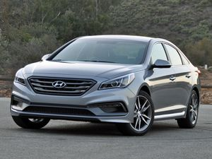 2016 Hyundai Sonata some parts for Sale in South Gate, CA