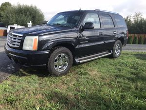 2002 CADILLAC ESCALADE PARTING OUT WHOLE CAR for Sale in Auburn, WA