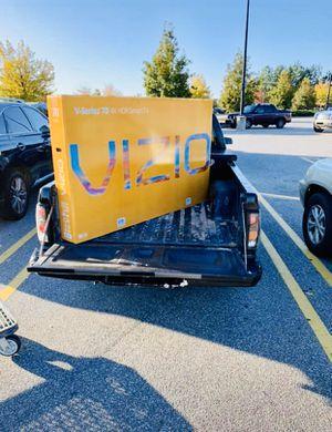 """VIZIO - 70"""" Class - LED - V Series - 2160p - Smart - 4K UHD TV with HDR Vizio V705-G1 Model Brand New In Box for Sale in Atlanta, GA"""