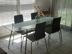Glass Kitchen Table with 4 Chairs for Sale in Clementon, NJ