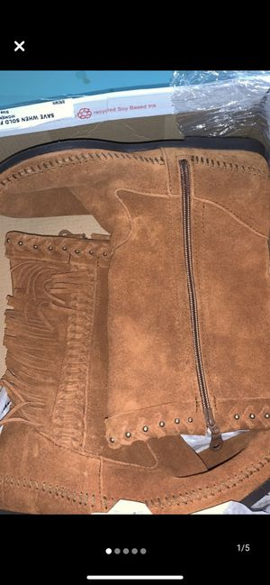 MINNETONKA brown genuine leather fringed marcussens size 7 women's for Sale in West Linn, OR