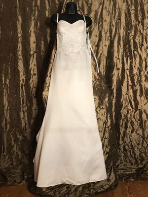 SWEETHEART TRUMPET WHITE LACE WEDDING DRESS, BRAND NEW W/TAGS ATTACHED, SIZE 6. for Sale in Plano, TX