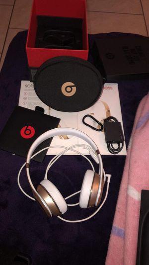 Beats solo 3 wireless for Sale in St. Petersburg, FL