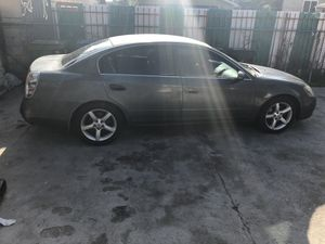 05 Nissan Altima for Sale in Los Angeles, CA