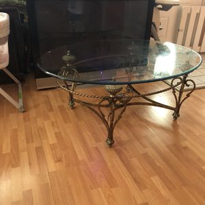 50-inch television and coffee table both for 50.00 for Sale in Sicklerville, NJ