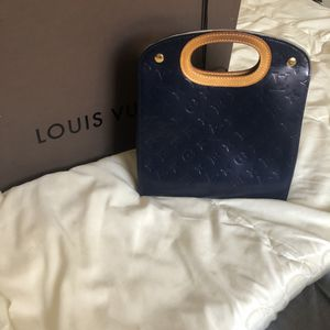 Louis Vuitton Vernis clutch for Sale in San Diego, CA