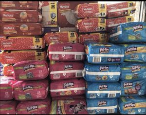 Huggies diapers $5 packs (size from Newborn to size 6) for Sale in Lehigh Acres, FL