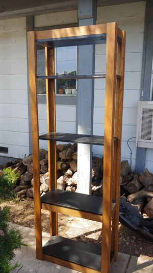 7-8 ft tall shelf for Sale in Riverbank, CA