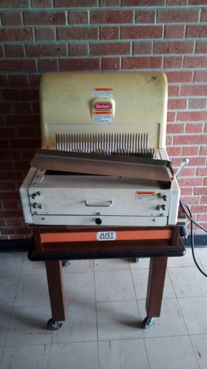Bread slicing machine for Sale in Norfolk, VA