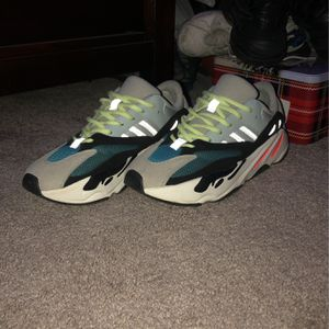 Adidas Yeezy Boost 700 Wave Runner for Sale in Beacon Falls, CT
