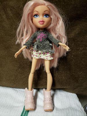 Bratz Selfiesnaps Doll Cloe Selfie Snaps Wave for Sale in Hawthorne, CA