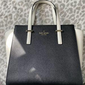 Kate Spade Handbag, Black White for Sale in Joliet, IL
