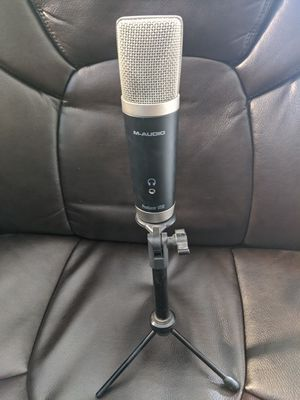 M-Audio Vocal Studio | Digital Recording Bundle and USB Condenser Microphone for Sale in Las Vegas, NV