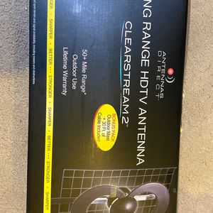 Clearstream 2 Long Range HDTV Antenna for Sale in Seattle, WA
