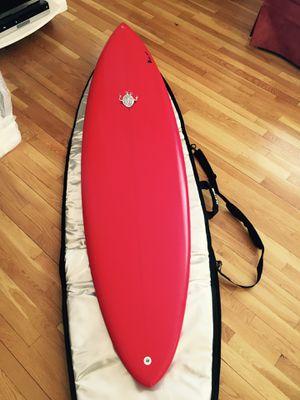 Bushman 6'8 Surfboard - Single Fin & Dakine Bag for Sale in Edmonds, WA