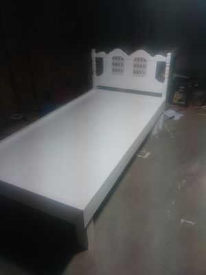 Twin size bed for Sale in PUEBLO DEP AC, CO