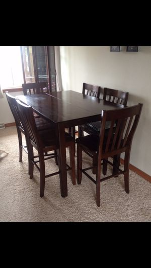 PENDING Counter height table with hidden leaf NO CHAIRS for Sale in S CHEEK, NY