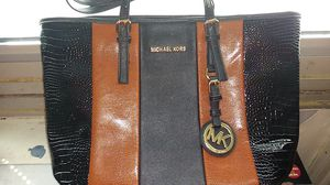Beautiful brown and black new Michael Kors women's purse for Sale in Knoxville, TN