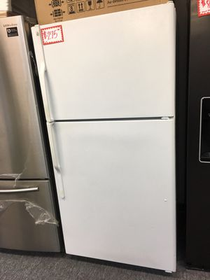 GE-33 top freezer refrigerator working perfectly with 4 months warranty for Sale in Laurel, MD