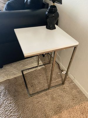 White Side Table (set of 2) for Sale in Laurel, MD