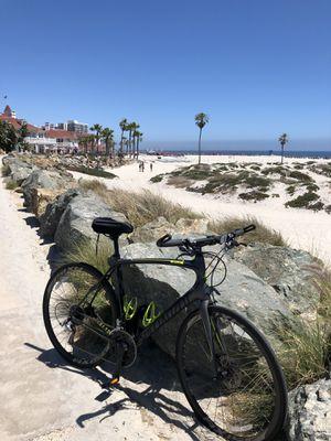 Specialized Sirrus Pro bike for Sale in San Diego, CA