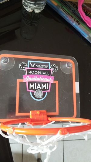 Mini basketball hoop for Sale in Fort Lauderdale, FL