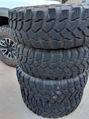 37 12.50 R17 Maxxis Trepador mud tires for Sale in Payson, AZ