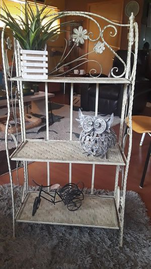 Vintage iron short bakers rack. For decor..coffee bar..plants? 7th ave and Peoria. It is very sturdy. Left top bar doesn't have decorative piece. for Sale in Phoenix, AZ