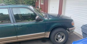 1996 Ford Explorer V6 automatic for Sale in Aberdeen, WA