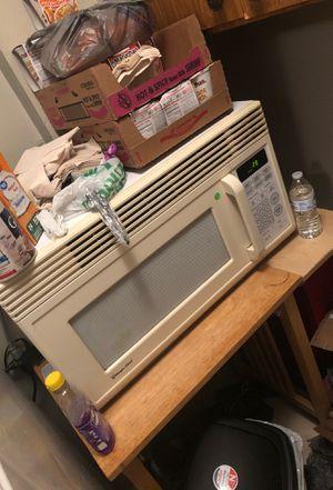 Magic Chef Microwave $15 for Sale in Auburndale, FL