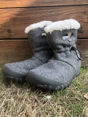 Women's Bogs B Mocs Boots size 38 (US 7) for Sale in Portland, OR