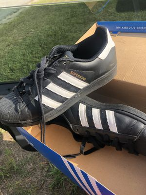 Adidas size 7 for Sale in Haines City, FL